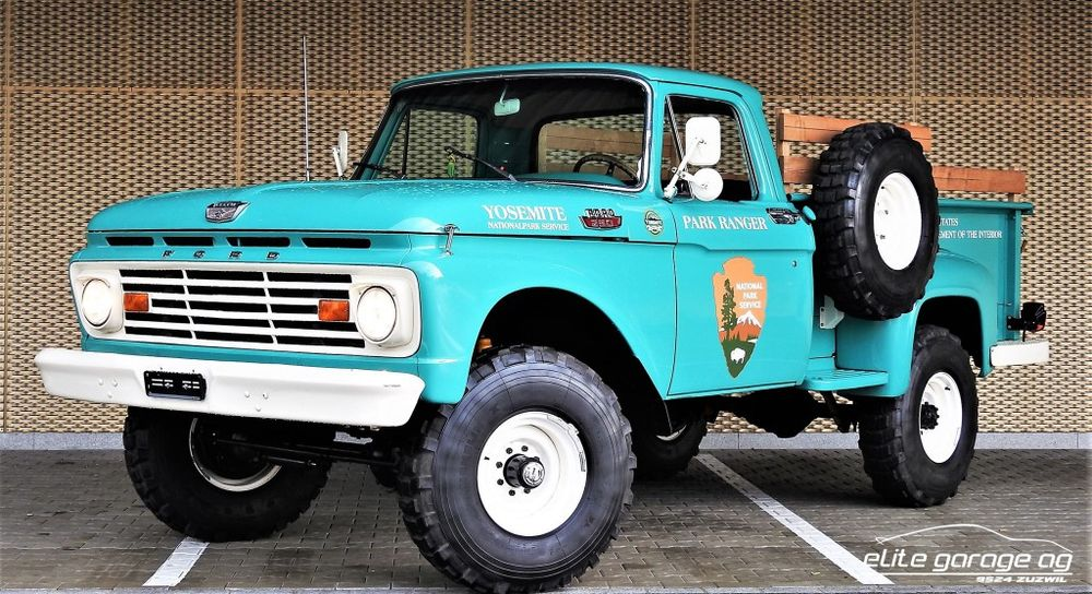 Ford F260 PICK-UP
