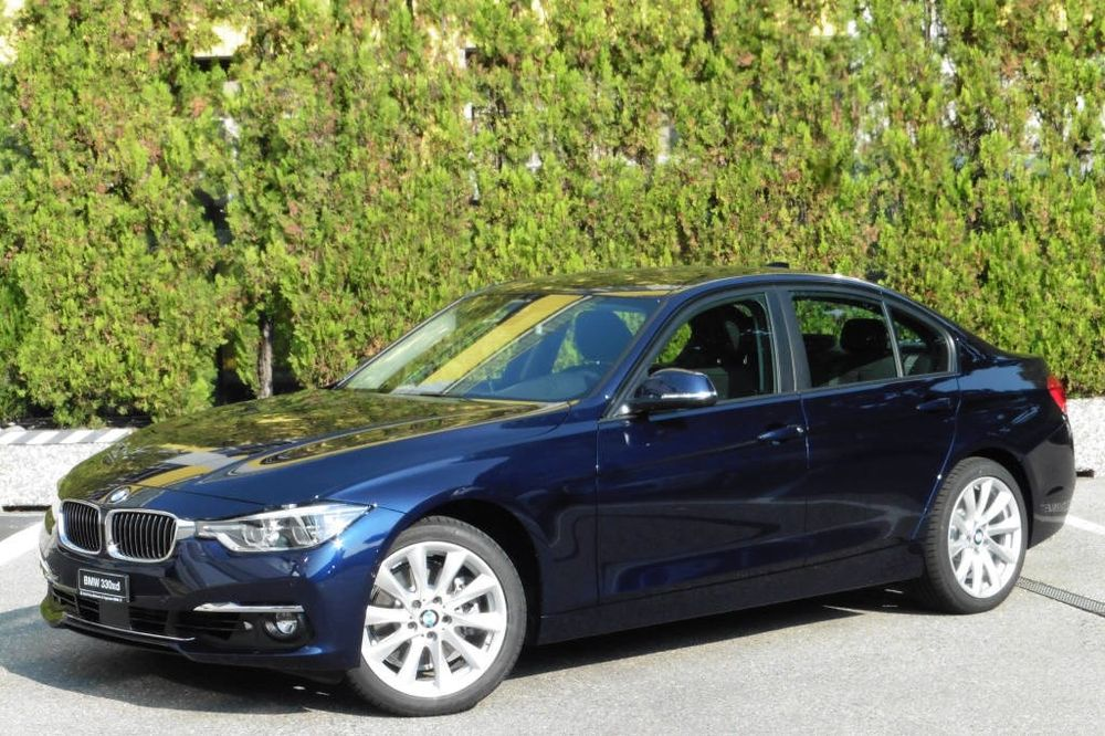 BMW 330 d xDrive Berlina