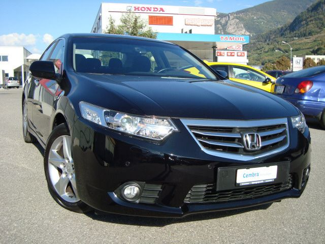 HONDA Accord 2.0i Lifestyle Ed.