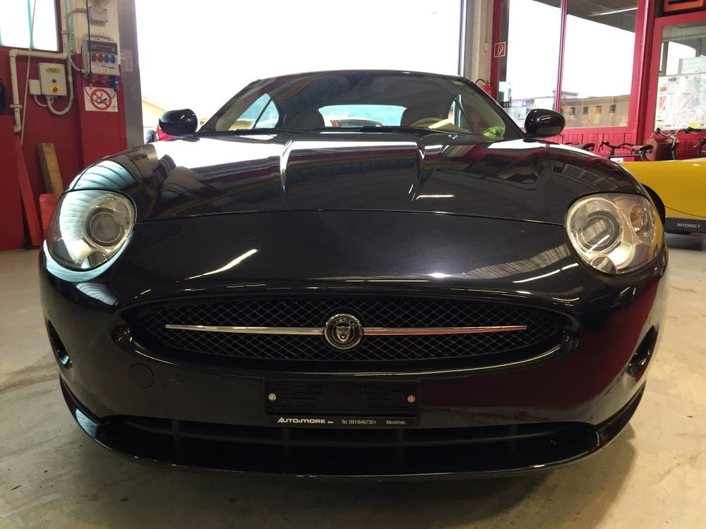 Jaguar XK 4.2 V8 Automatic