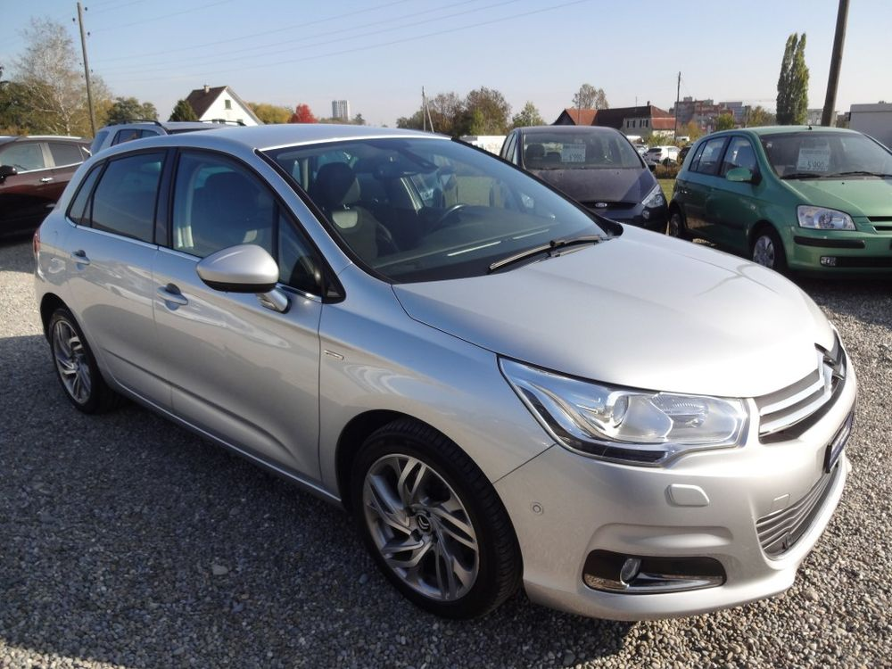 Citroen C4 Berline 2.0 HDi Exclusive