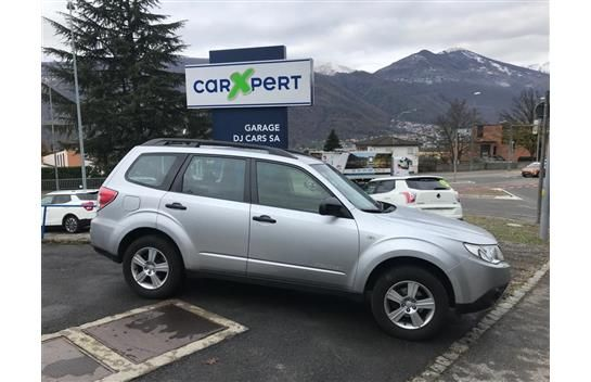 Subaru Forester 2.0X Swiss Special Automatic