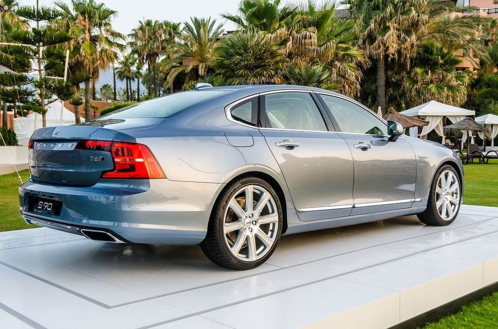 VOLVO S90 D3 R-Design Geartronic