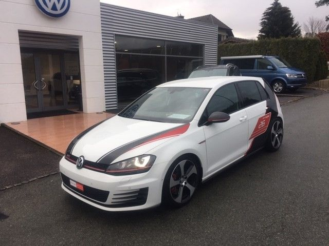 VW Golf 2.0 TSI GTI Performance Limited Ed
