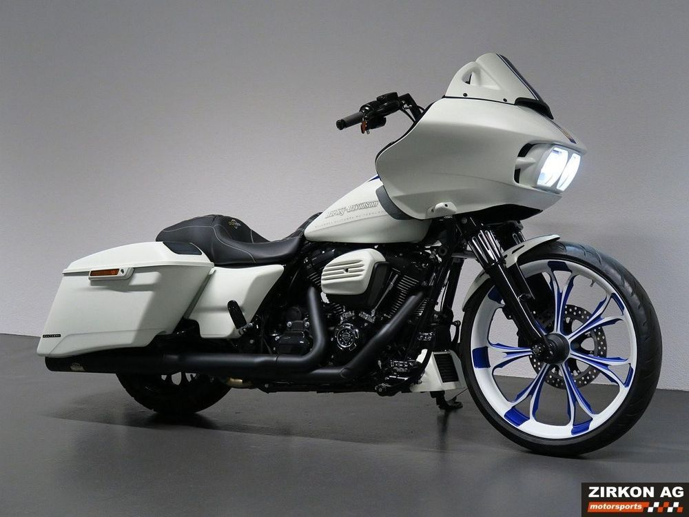 HARLEY-DAVIDSON FLTRXS 1745 Road Glide Special ABS Scud