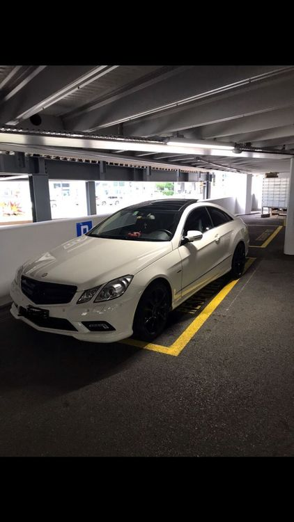 MERCEDES-BENZ E 350 CGI BlueEfficiency 7G-Tronic