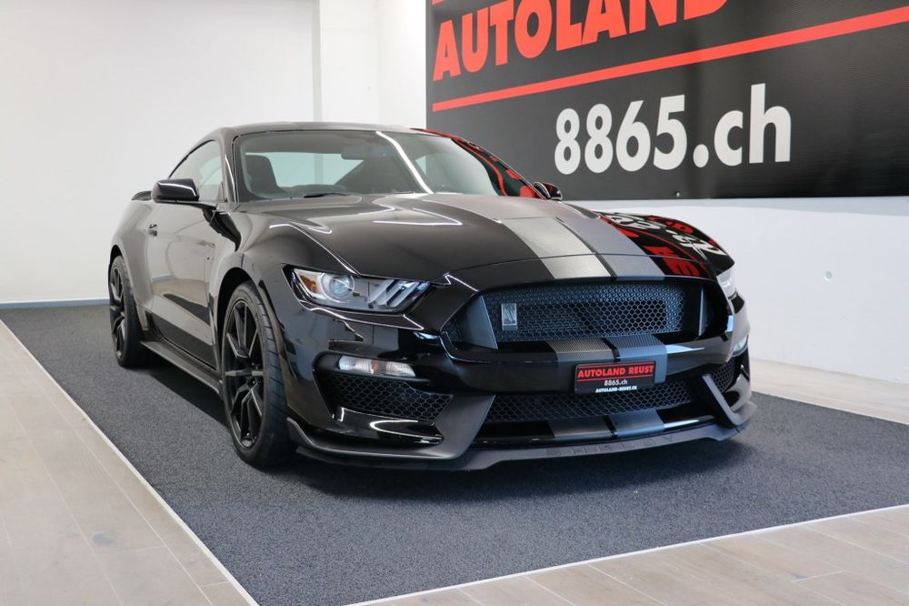 Ford MUSTANG Shelby GT 350 5.2 V8 526HP