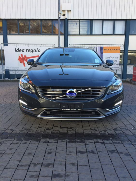 Volvo V60 D4 AWD Summum Geartronic
