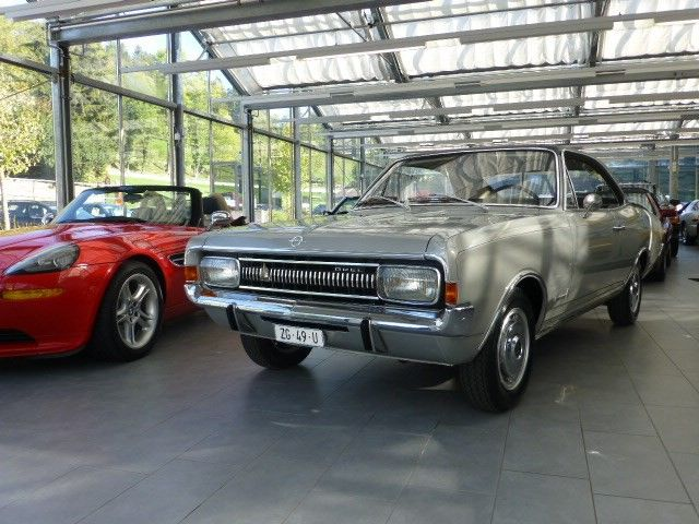 Opel Commodore A 2500