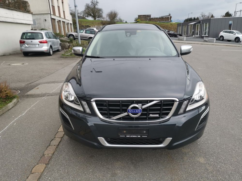 Volvo XC60 D3 AWD R-Design Geartronic