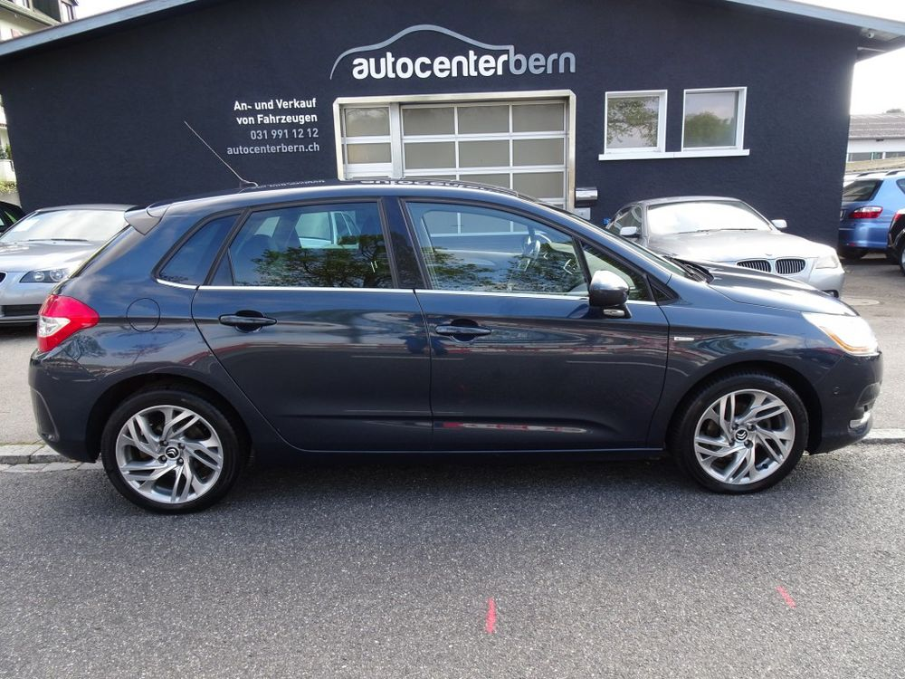Citroen C4 Berline 1.6 VTi Exclusive