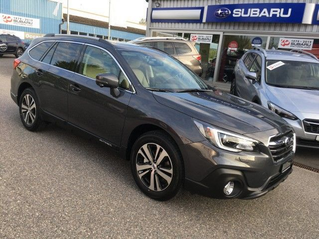Subaru Outback 2.5i Luxury AWD
