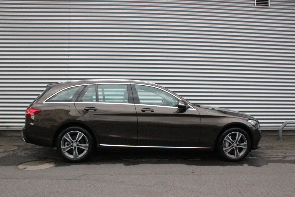 Mercedes-Benz C 400 Avantgarde 4Matic 7G-Tronic
