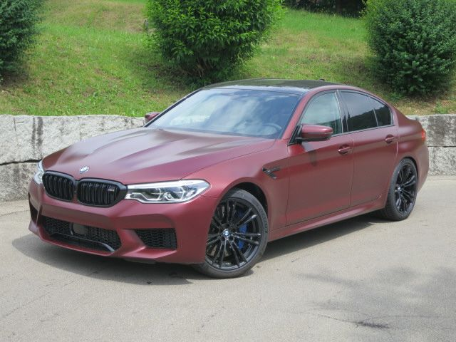 BMW M5 xDrive First Edition