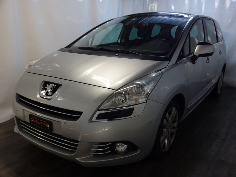 Peugeot 5008 2.0 HDI Business Automatic