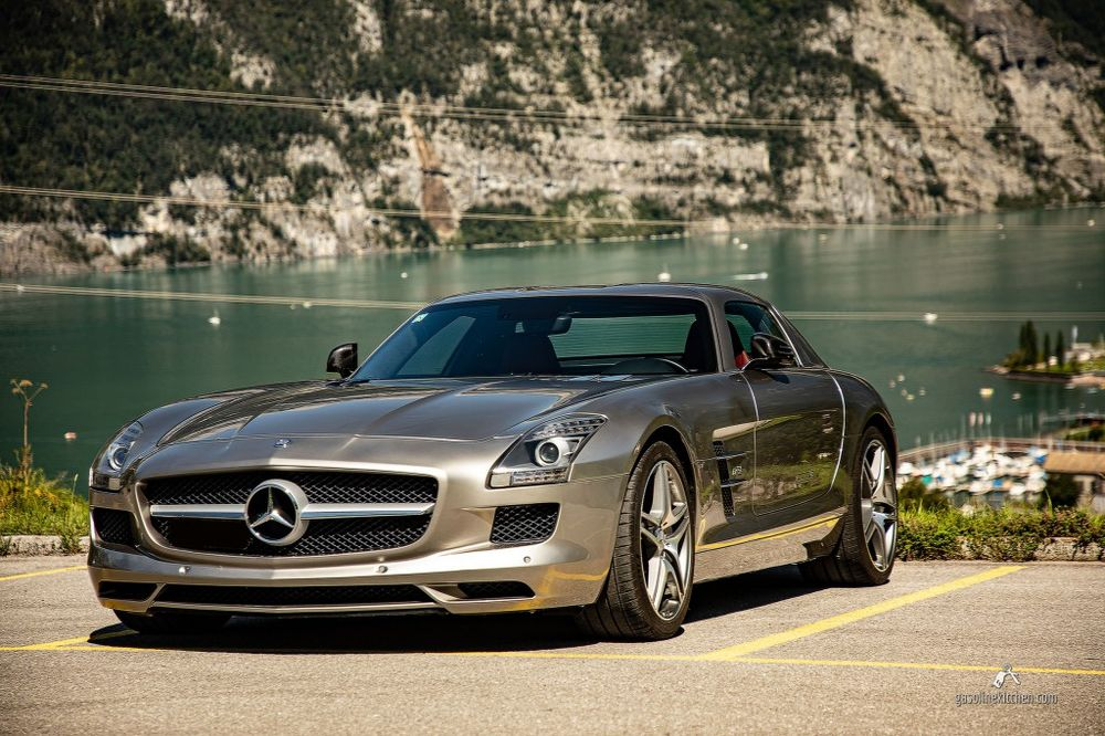 Mercedes-Benz SLS 63 AMG Speedshift