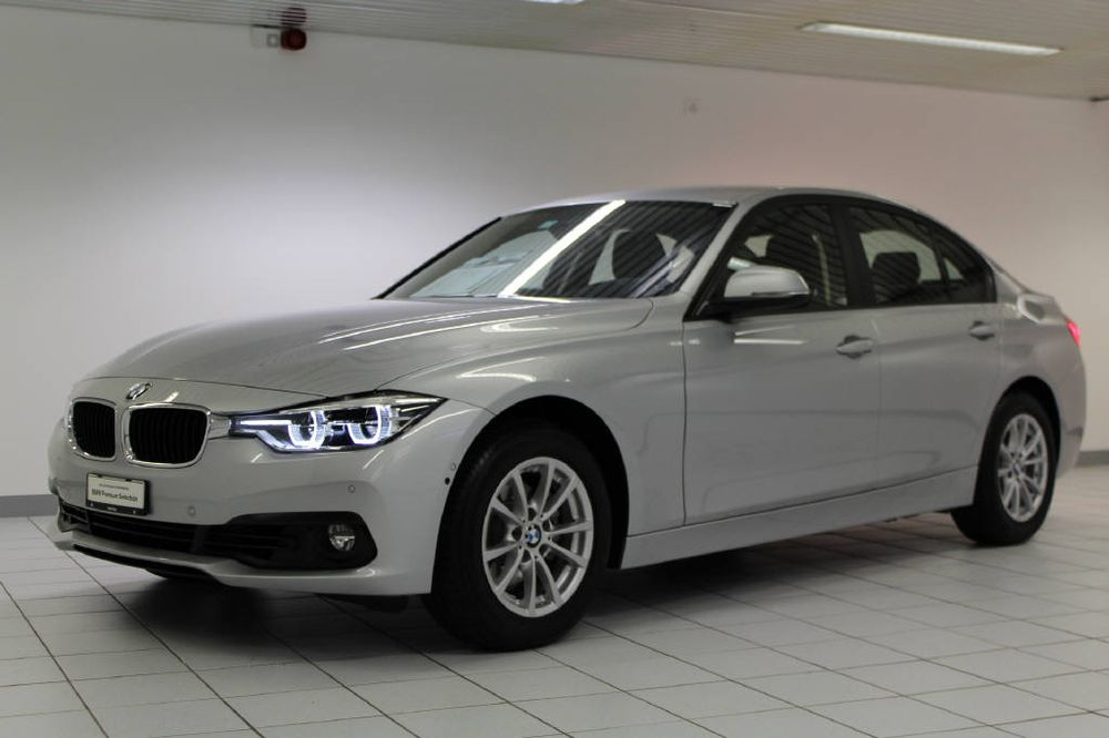 BMW 3er 320i Essential Ed.