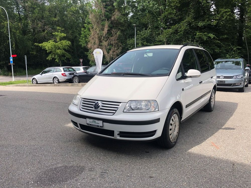 VW Sharan 1.9 TDI Comfortline Automatic