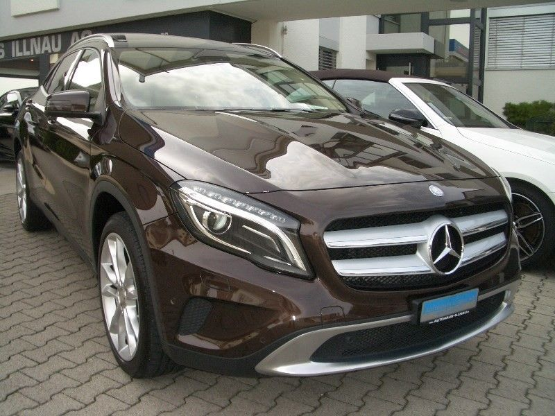 Mercedes-Benz GLA 250 Urban 4Matic 7G-DCT