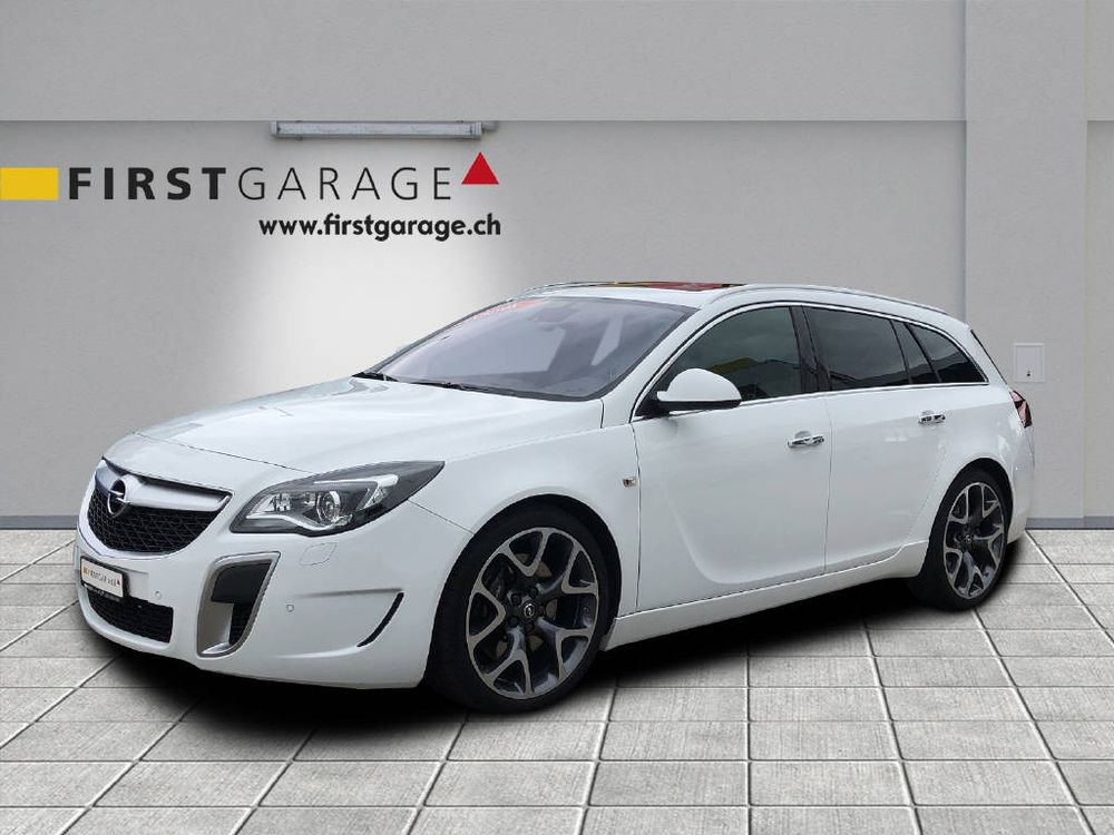 Opel Insignia Sports Tourer 2.8 V6 T 4x4 OPC