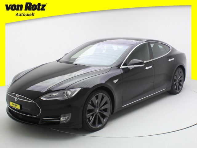 Tesla Model S 85 D Performance
