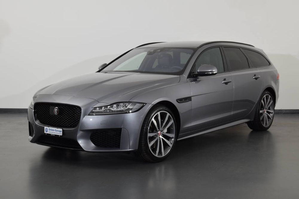 Jaguar XF 2.0 D 180 Chequered Flag AWD