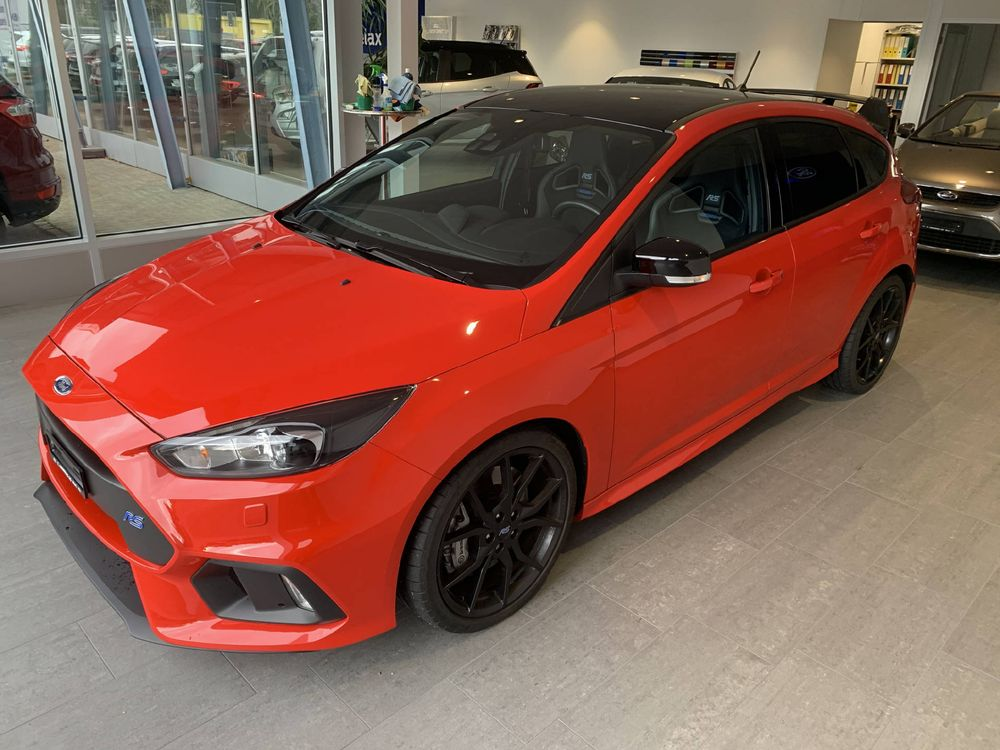 Ford Focus 2.3 EcoB RS+ Race Red Edition