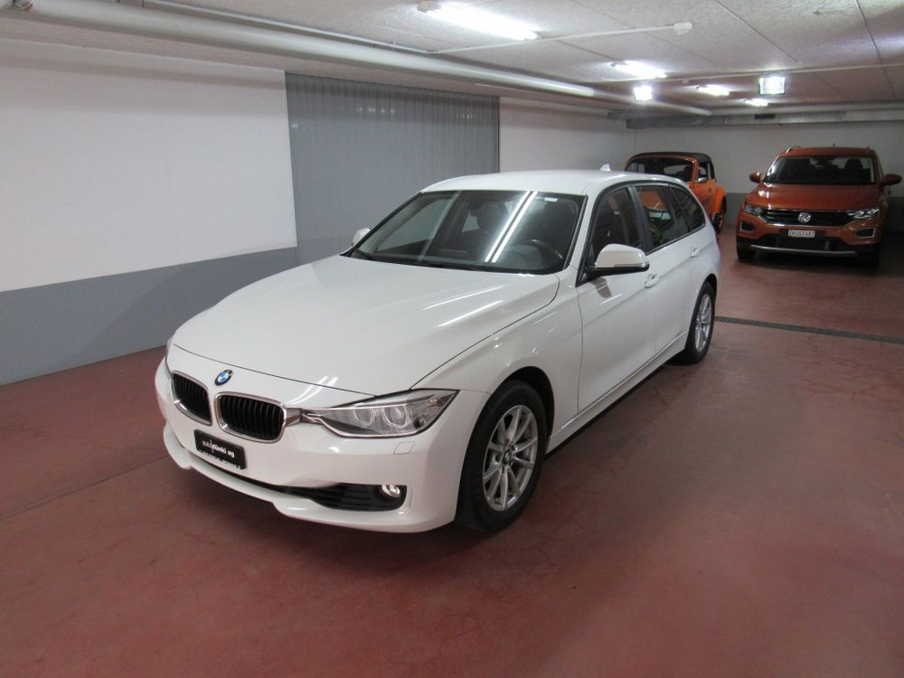 BMW 320i Touring Steptronic