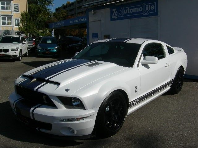Ford MUSTANG Shelby GT 500 Spezial