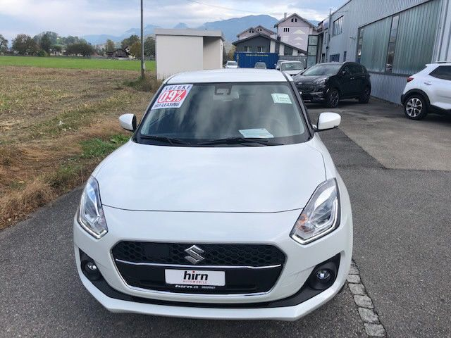 Suzuki Swift 1.2i PizSu T Hy 4x4