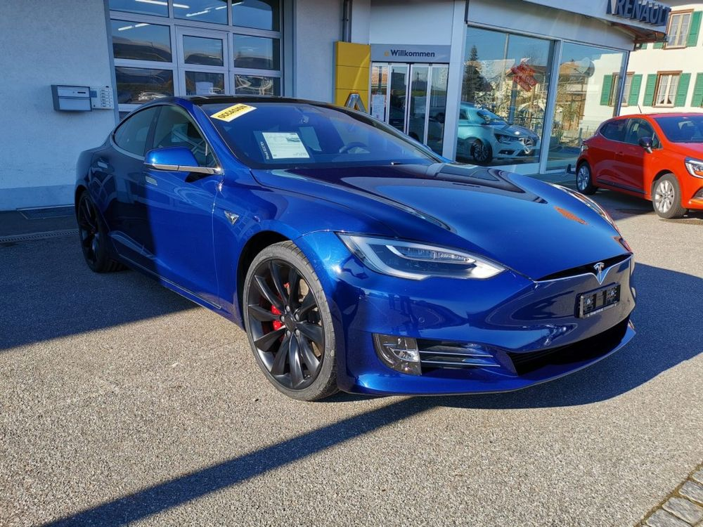 Tesla Model S 100 D Performance