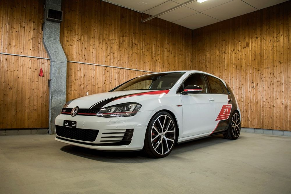 VW Golf 2.0 TSI GTI Limited Edition Perfor