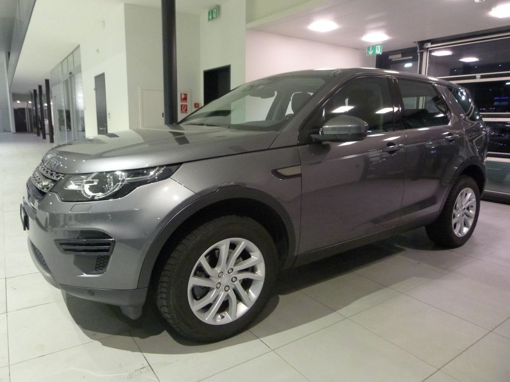 Land Rover Discovery Sport 2.0 TD4 Advantage AT9