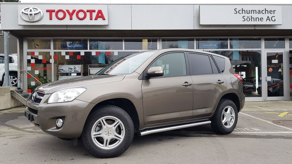 Toyota RAV-4 2.0 16V Executive Multidrive
