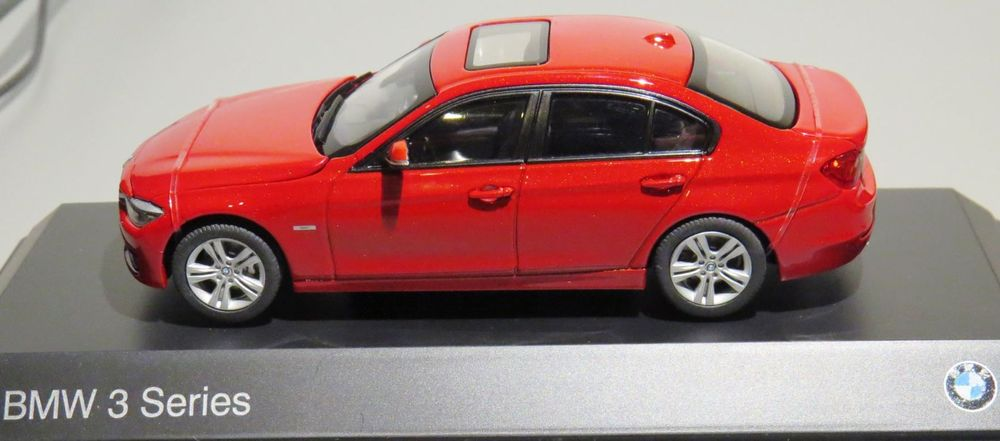 TOP 1:43 BMW 3 Series