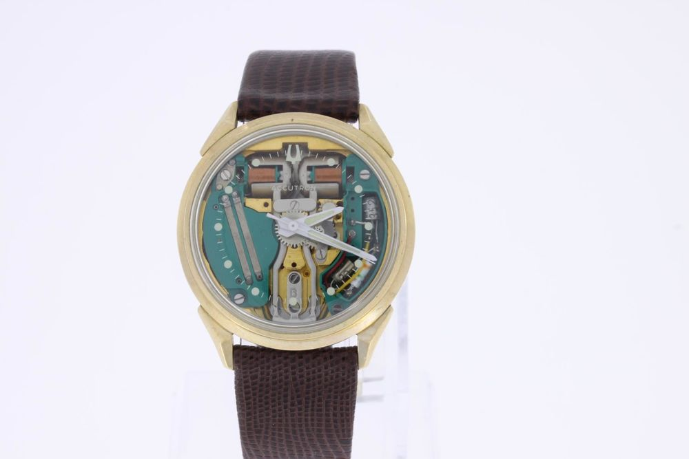Bulova Accutron Spaceview M8 Gold Filled