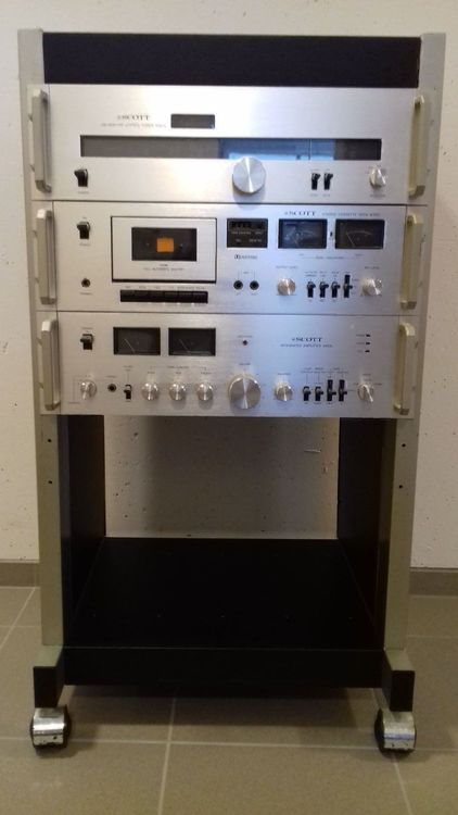 Scott Hifi-Anlage im Original-Rack