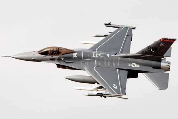 F-16 Falcon, 90mm 6S-Version - Freewing