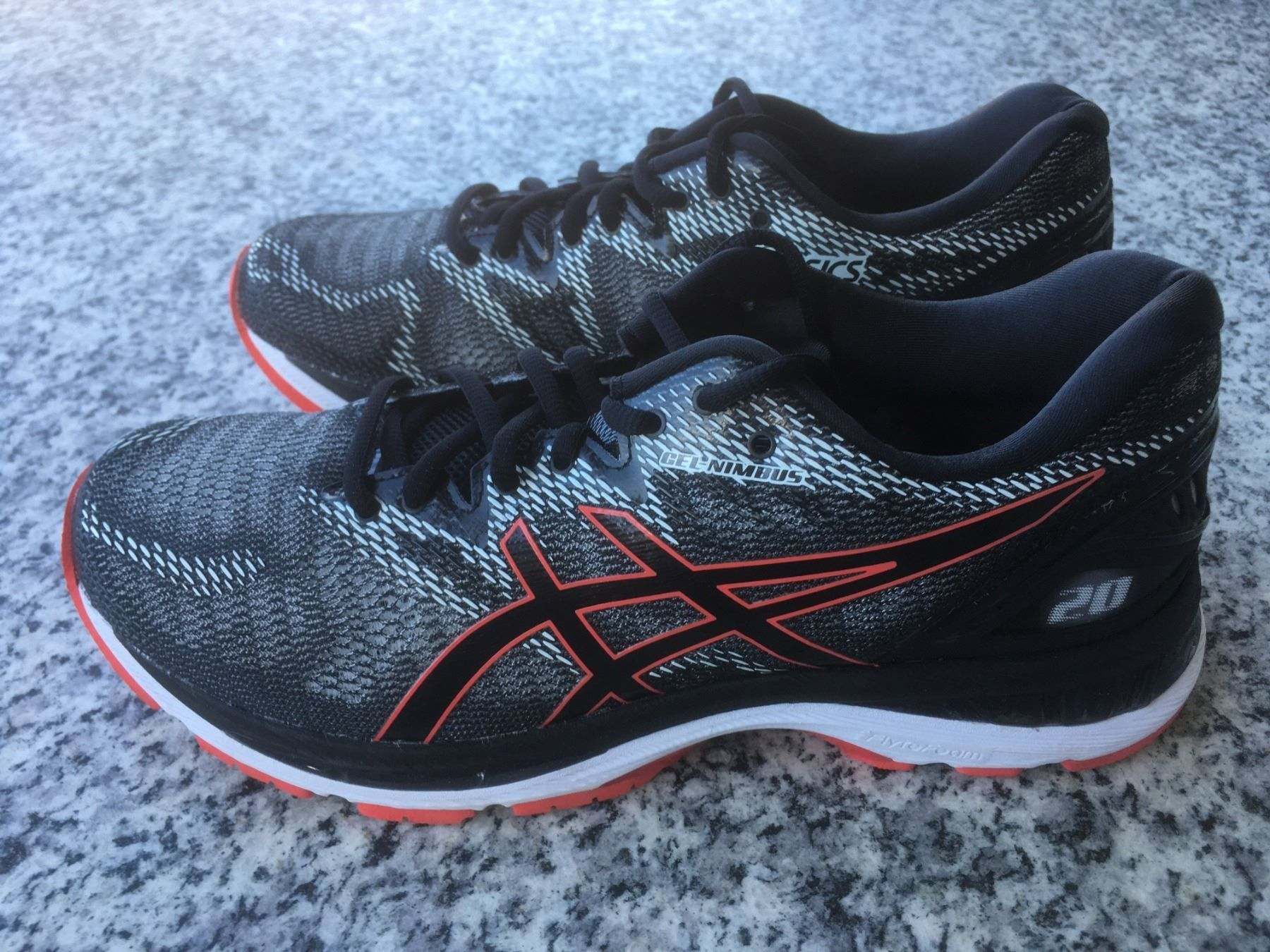 Asics Gel Nimbus 20 im Test joggies