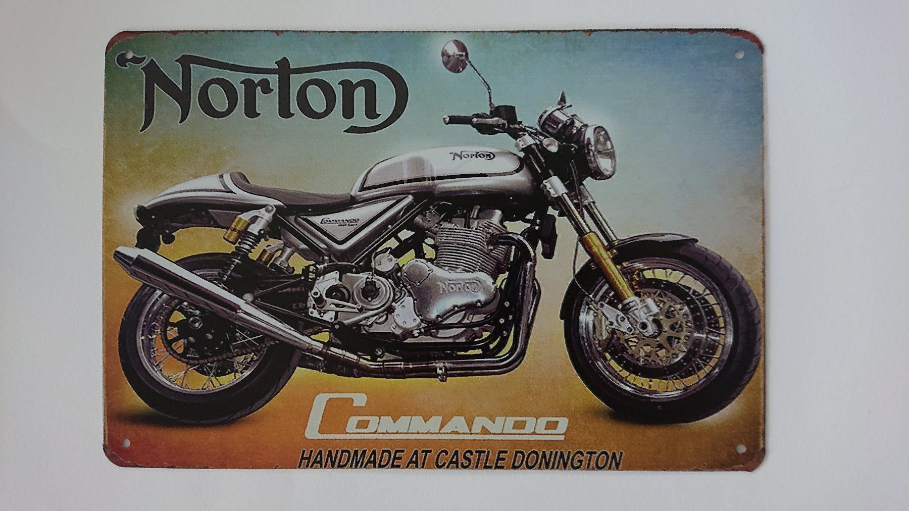 Plaque en metal vintage Norton Commando