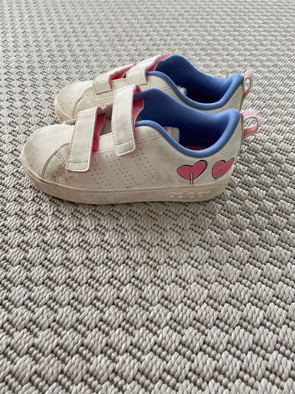Adidas baskets taille 27