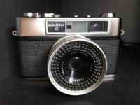 Yashica Minister lll