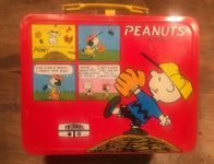 Peanuts Charlie Brown Snoopy Koffer Box