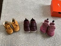 Set 3 x baby shoes