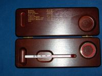 Weinthermometer in Holzbox