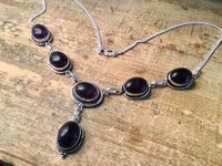 HÜBSCHES COLLIER STERLING 925 AMETHYSTE