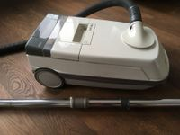 Staubsauger Philips Tritronic T740