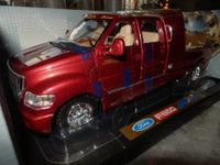 Ford F 650 Mortor Max 1:18 rouge neuf