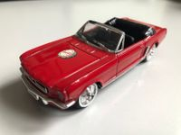 Ford Mustang Coke - 1:43 Solido