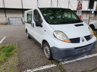 Renault Trafic Bus T27 2.0dCi 90